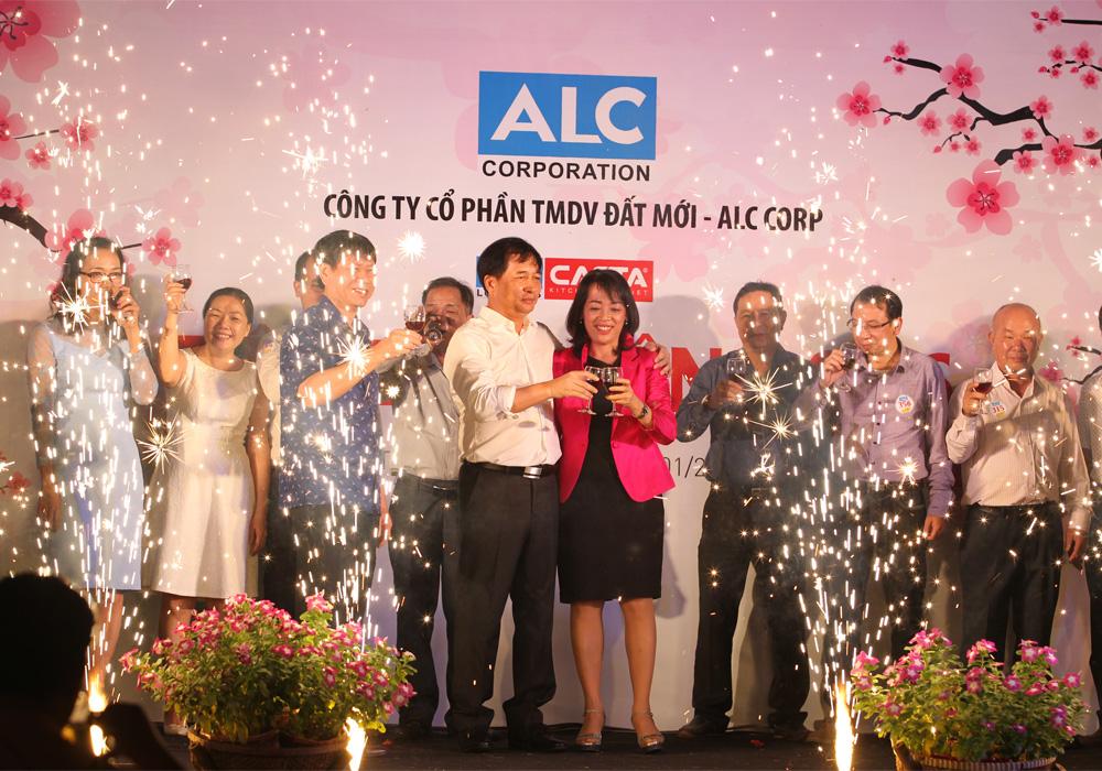 ALC tổ chức tiệc tất niên 2016
